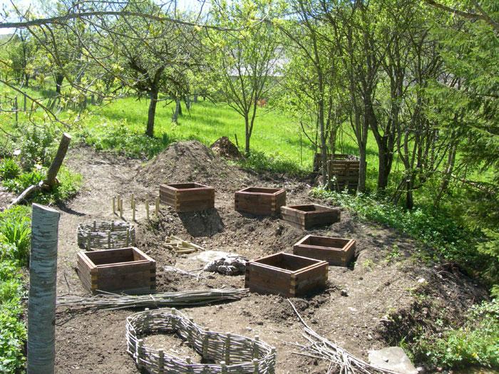 Jardin en cours d'aménagement à L'Herbier de la Clappe